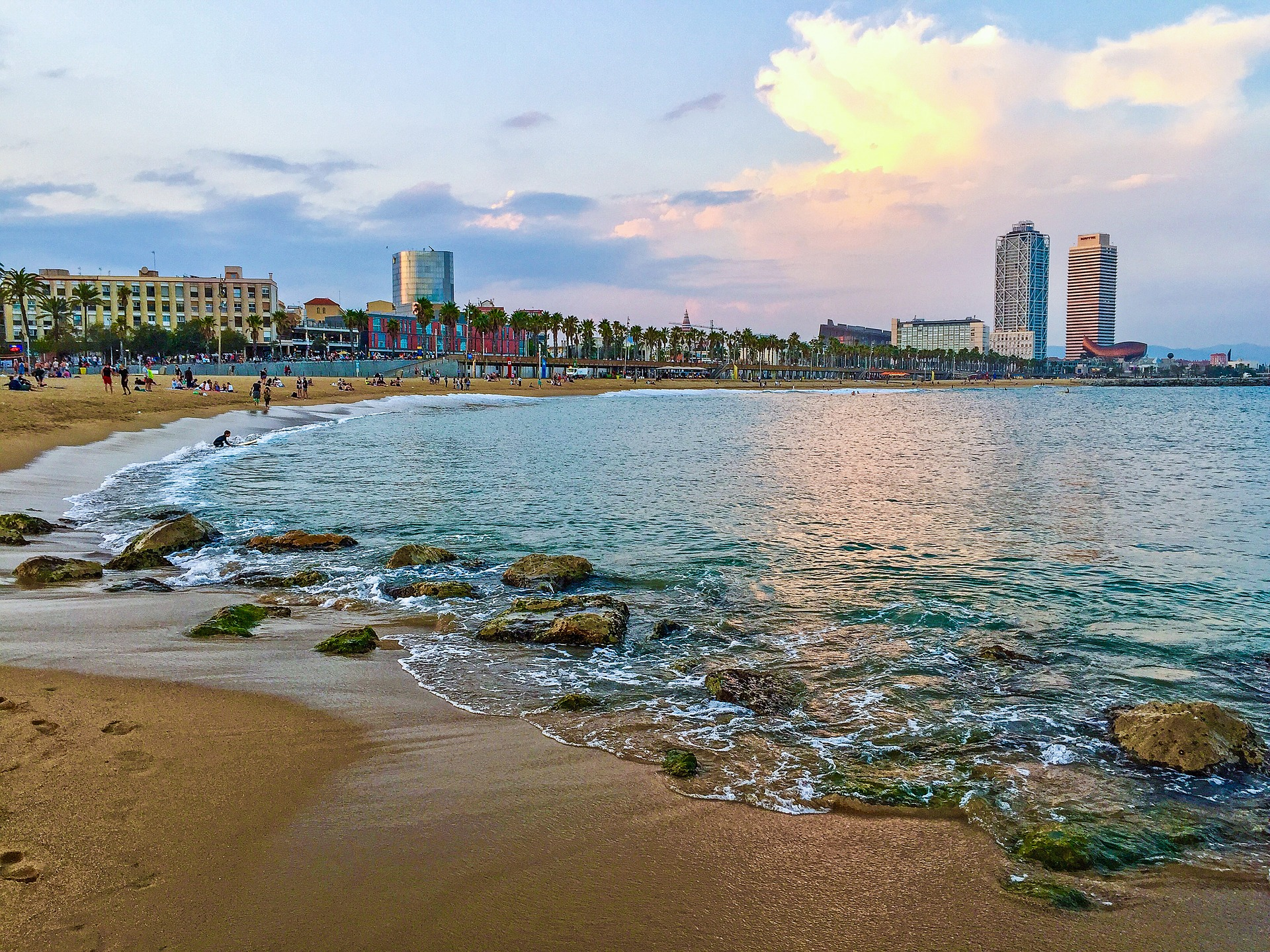Barcelona y el mar, la Barceloneta, Port Vell, Palau del Mar, la Basílica de Santa María del Mar