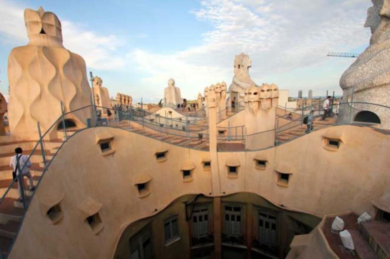La Pedrera, Casa Milà, Gaudí, Modernisme, le Barcelone Modernisme, situé Passeig de Gràcia